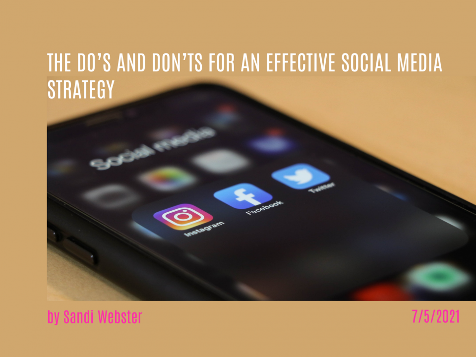 iphone opened to a social media folder with instagram, facebook and twitter